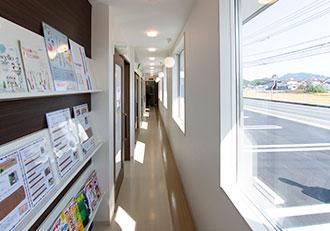 岡山県瀬戸内市内の歯医者 おさふねフレンド歯科の通路